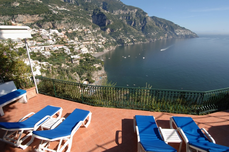 Positano villas with pool